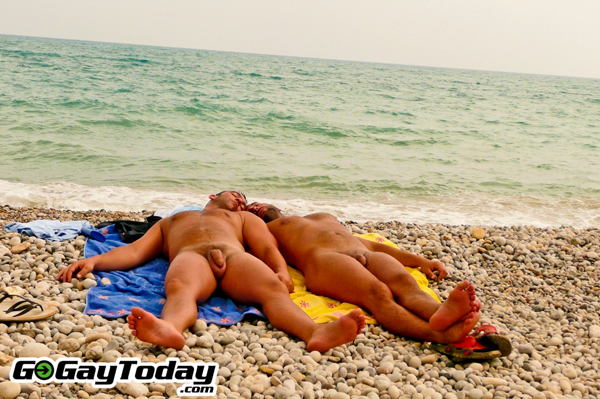 Sitges-gay-beaches-muerto